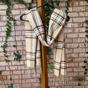 Cream Plaid Tasseled Scarf